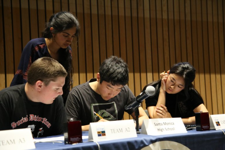 Students from Santa Monica High School compete in the 20th annual National Ocean Sciences Bowl. Photo credit: Allison Hays/Consortium for Ocean Leadership